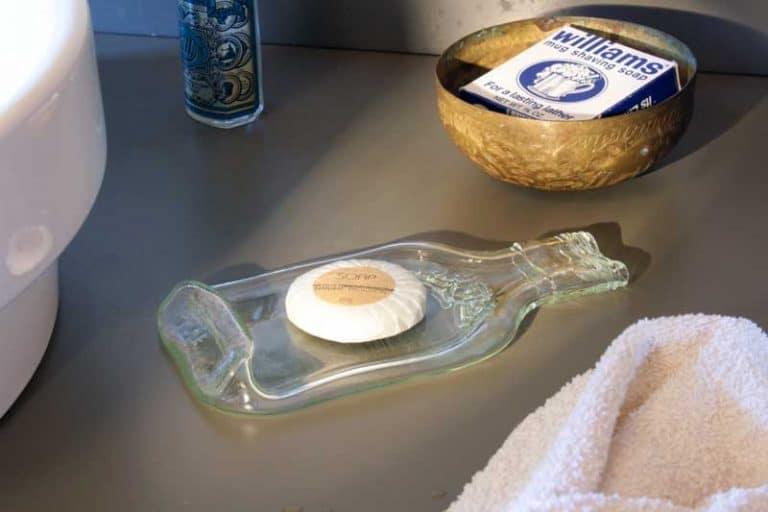 Petit plateau apéro en verre thermoformé 18 x 9 cm. Bretagne. France. ECONOMAD