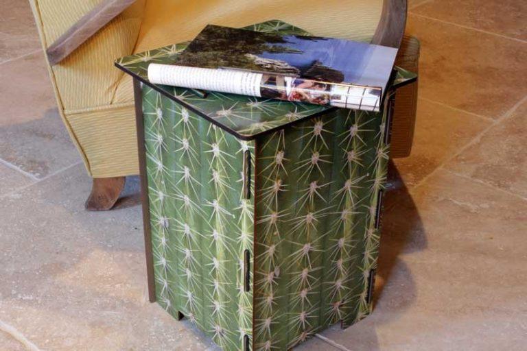 """Tabouret """"Cactus"""" en bois recyclé. WERKHAUS. Allemagne."""