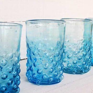 4 verres Grenade turquoise soufflés à la bouche. La Maison d'Alep.