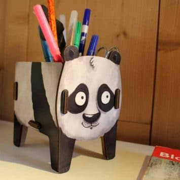 "Pot à crayons ""Panda"" en bois recyclé. WERKHAUS"