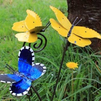 Tuteurs Papillon. Métal recyclé peint. A & P