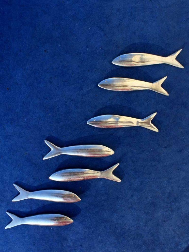 Poisson sardine, en alu de récupération. Madagascar.