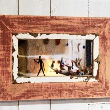 Cadre miroir en bois de récupération, DANYE.