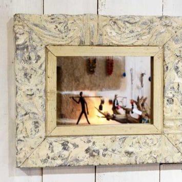 Cadre miroir plaque victorienne 30 x 36 cm. TRIBUS & ROYAUMES.