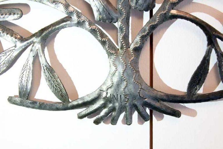 """Arbre de vie """"Cœur"""", métal recyclé. Haïti."""