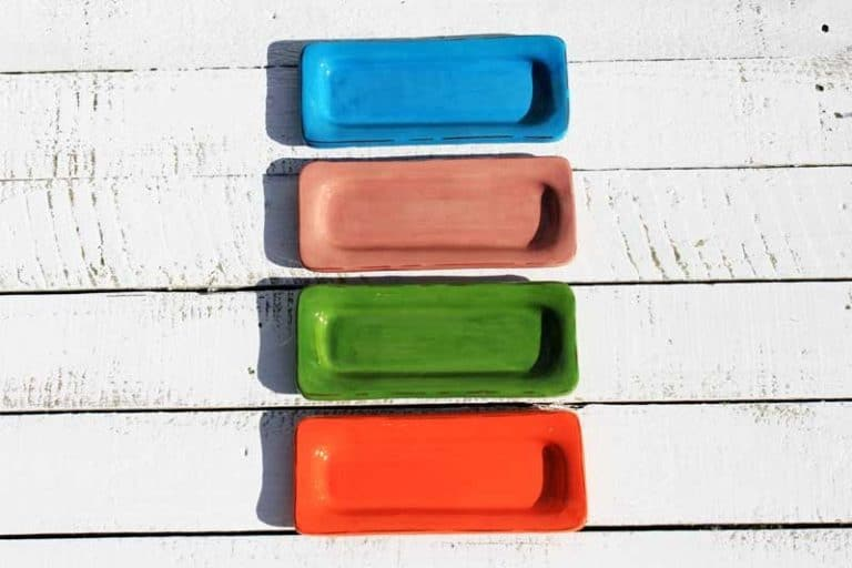 Petit plat rectangle fait main, céramique. FRANCE (Provence)
