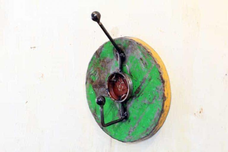 Porte- manteau/ patère simple. Upcycling. BURKINA FASO