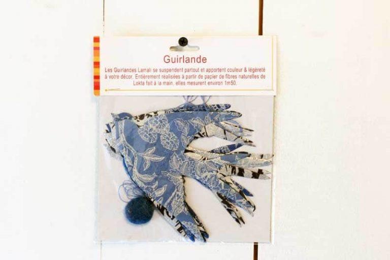 "Guirlande ""Hirondelles"" en papier Lokta. Lamali."