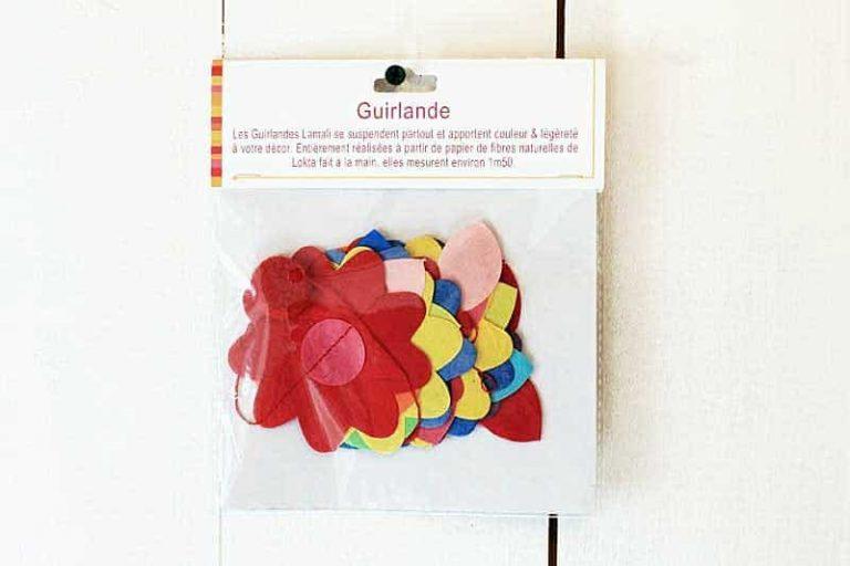 "Guirlande ""Fleurs de Mai"" en papier Lokta. Lamali."