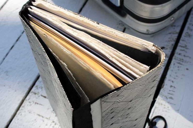 """Carnet PELERIN """"Gabrielle"""" de voyage & d'écriture. Papier Lokta. NEPAL. Lamali."""