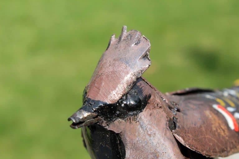 Jaseur boréal en métal recyclé. Fait main. Zimbabwe.