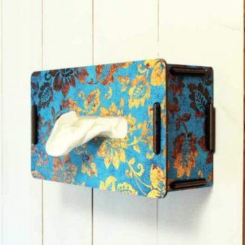 Boîte à mouchoirs en bois recyclé. Allemagne.