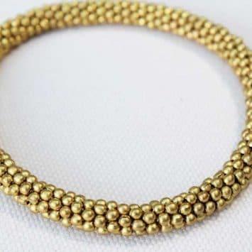 """Bracelet rond en perles de laiton """"Ifé"""". Népal. Lamali"""